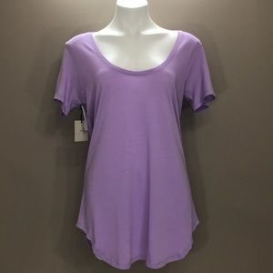 NWT ARITZIA TNA Top Size Medium